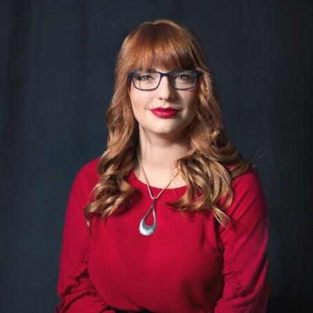 Erika Szentmartoni